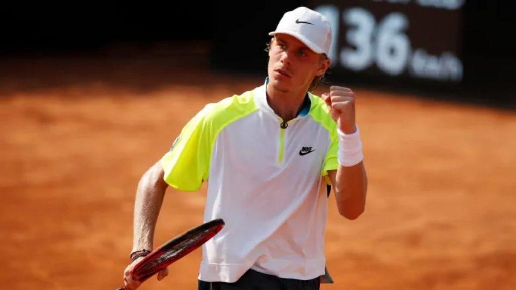 Denis Shapovalov will be the favourite in the upcoming Denis Shapovalov vs Hubert Hurkacz clash at the ATP Miami Open 2021.