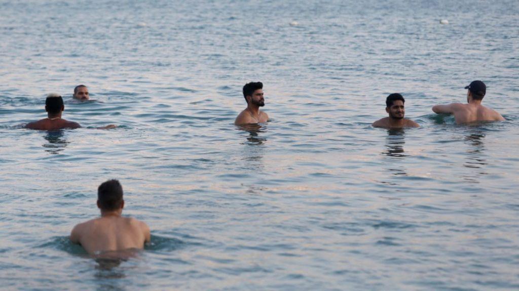 delhi capitals relaxing - FirstSportz