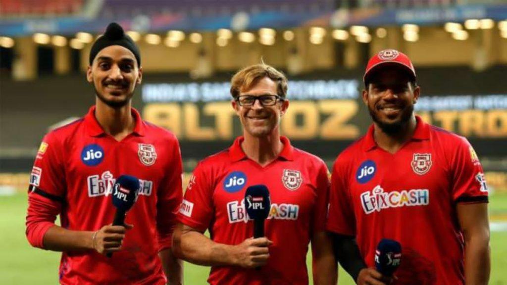 Arshdeep Singh, Jonty Rhodes and Chris Jordan (left to right)