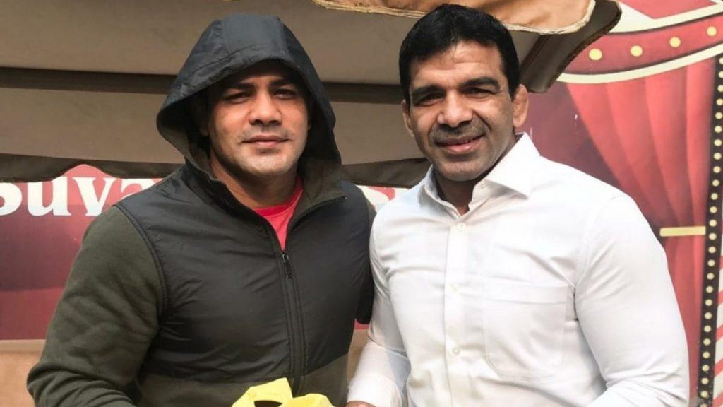 Virender Singh with wrestler Sushil Kumar