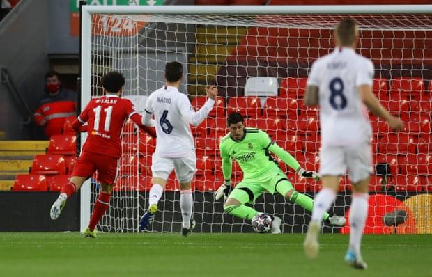Thibaut Courtois keeps out Salahs first minute strike - FirstSportz