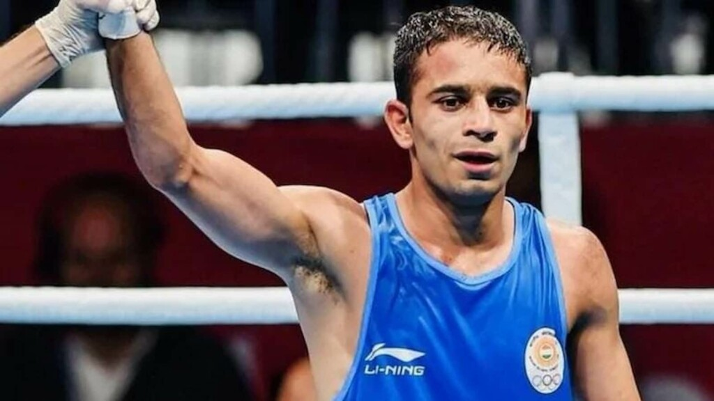 Amit Panghal settles for silver at the Asian Boxing Championship
