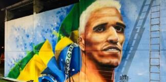 Charles Oliveira favela