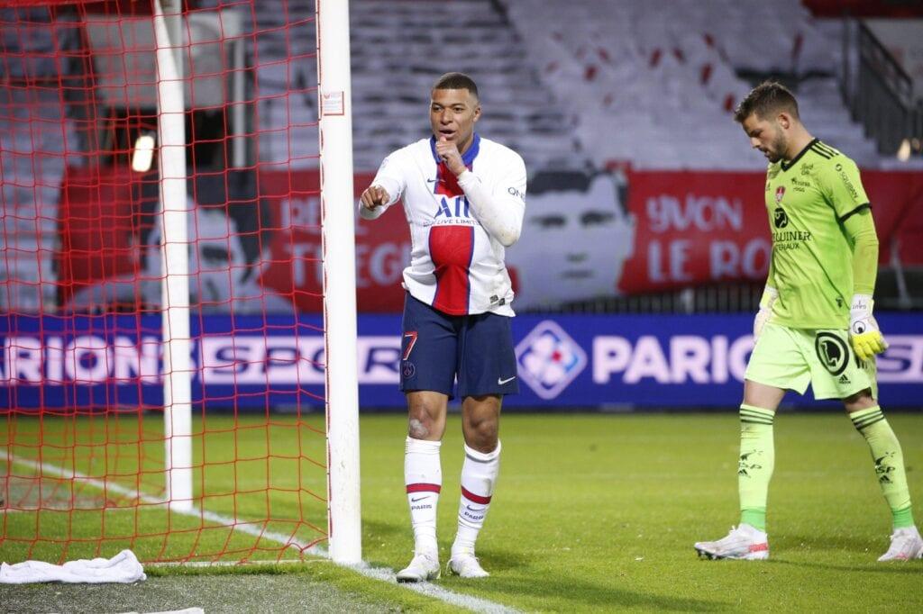 Kylian Mbappe scored Paris 2nd goal - FirstSportz
