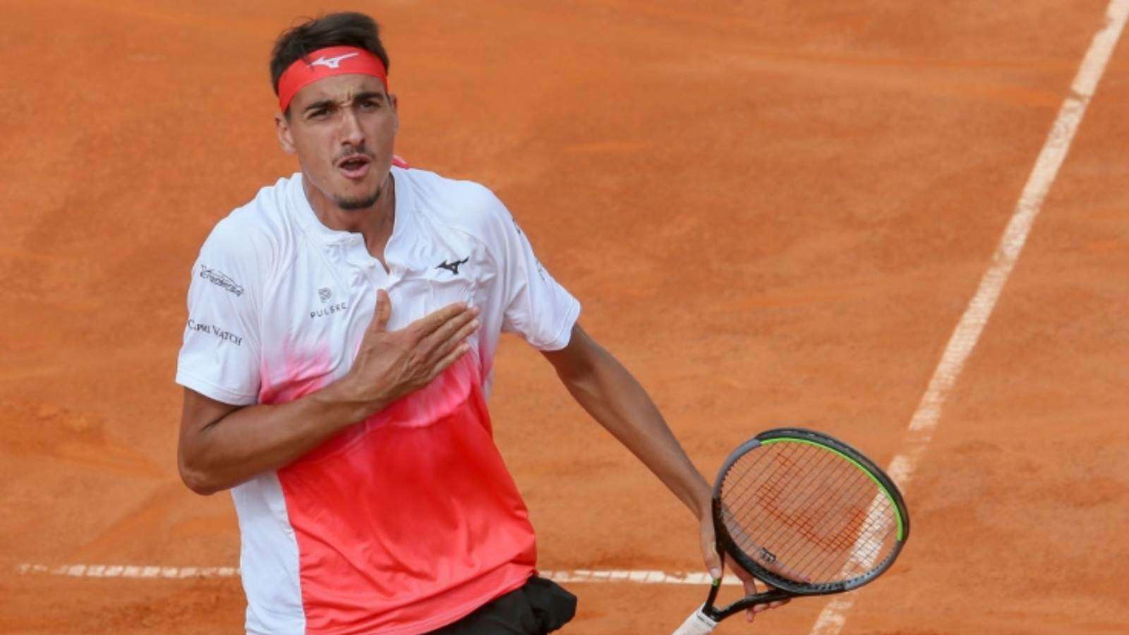 Lorenzo Sonego will be the favourite in his 1st round clash at the French Open 2021.