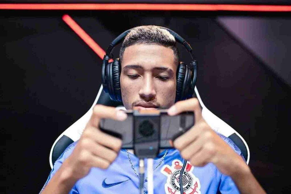 Carlos richest players in free fire