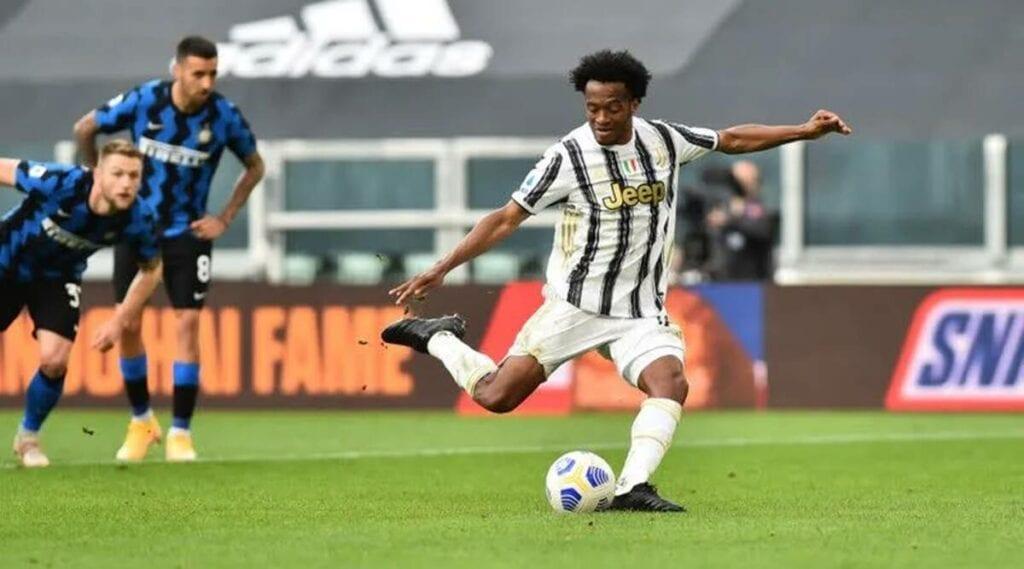 cuadrado scores the late penalty - FirstSportz