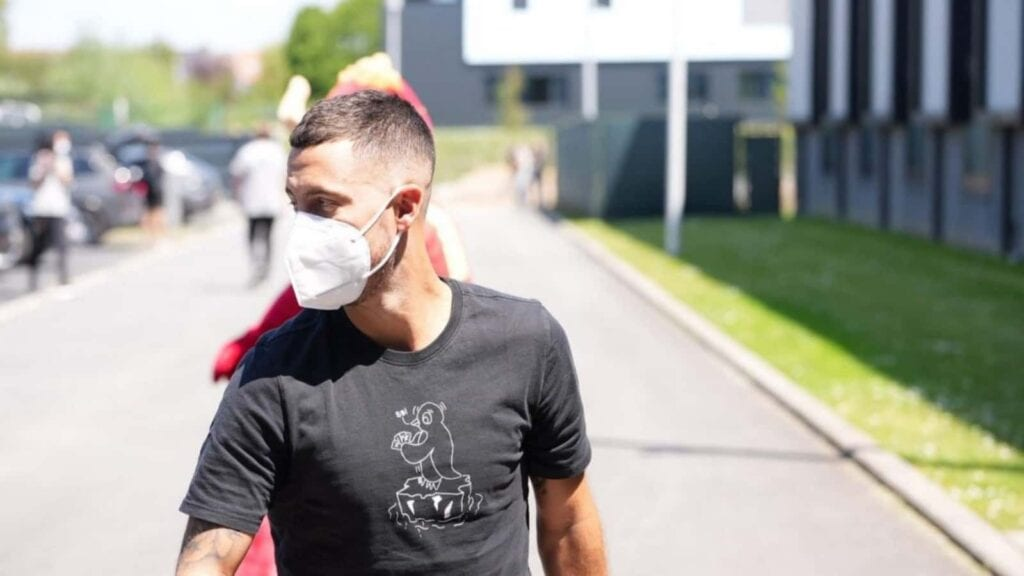 Hazard arrives at the Belgium training camp ahead of the Euros