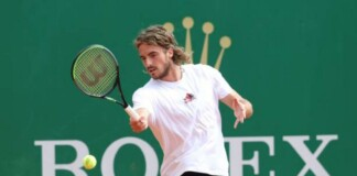 Which Racquet does Stefanos Tsitsipas Use?