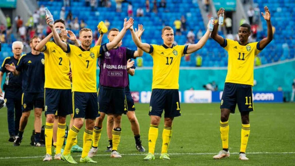 Sweden celebrate their victory over Slovakia.