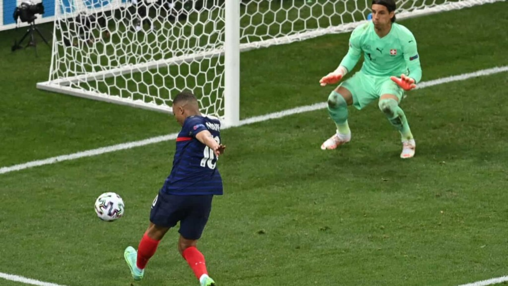 Mbappe's crucial miss