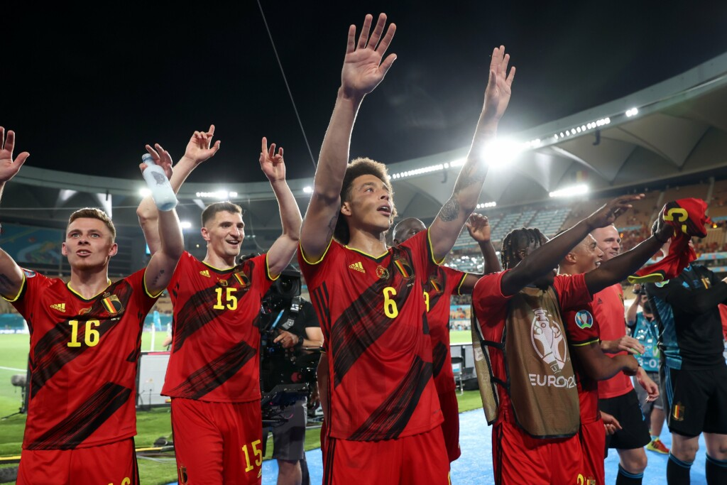 Belgium qualify for the quarter finals