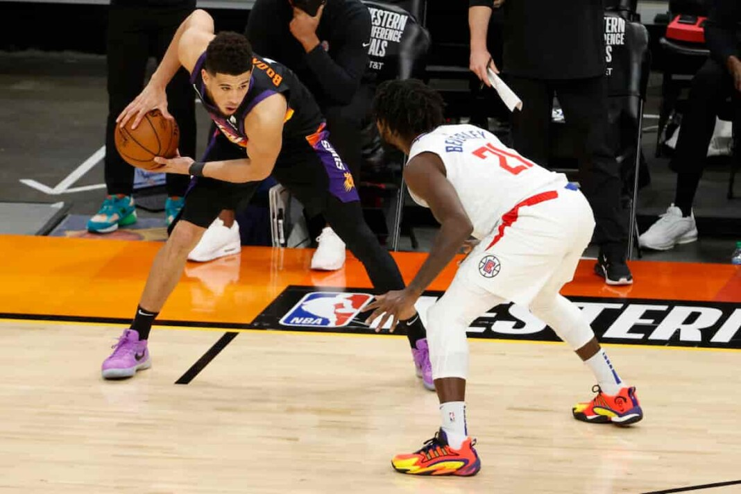 Devin Booker Nose Injury Suns vs Clippers Game 2
