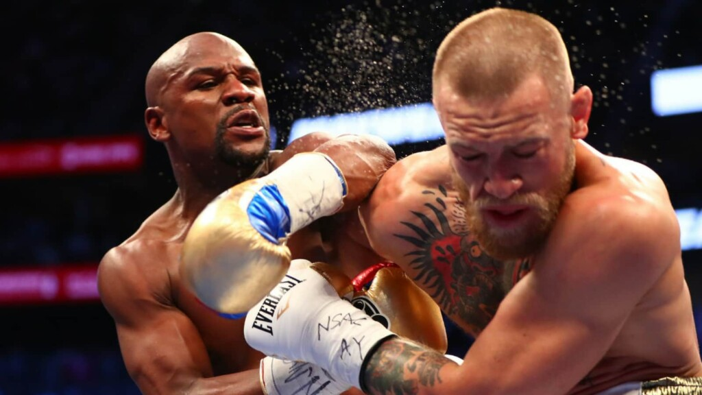 Floyd Mayweather knocks out Conor McGregor