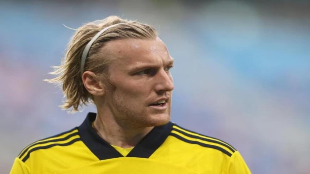 Emil Forsberg scored a brace as Sweden end at top of Group E