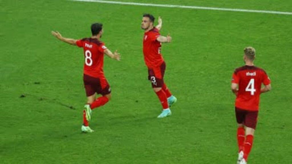 Xherdan Shaqiri celebrates his goal