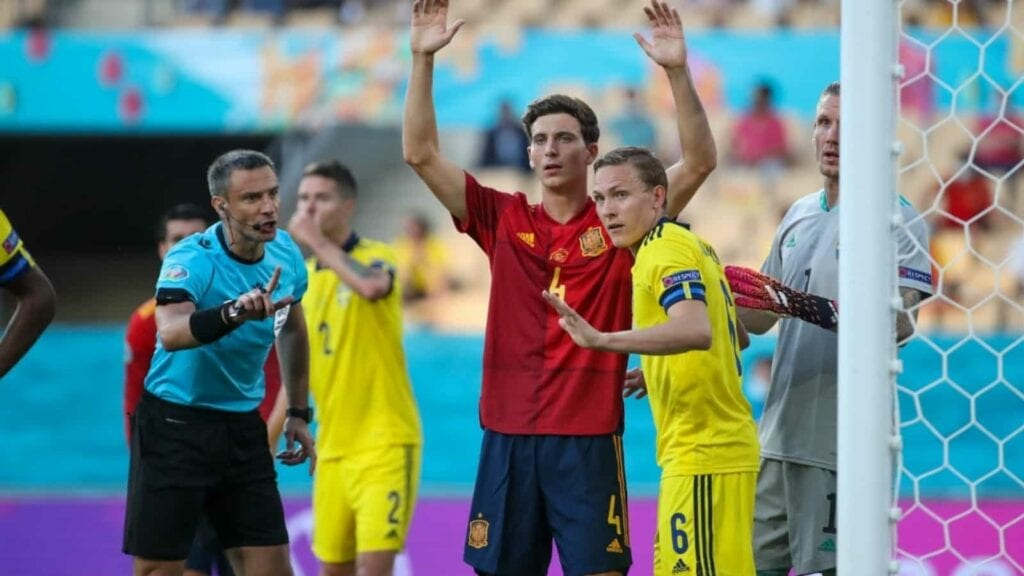 Spain venture up for a corner
