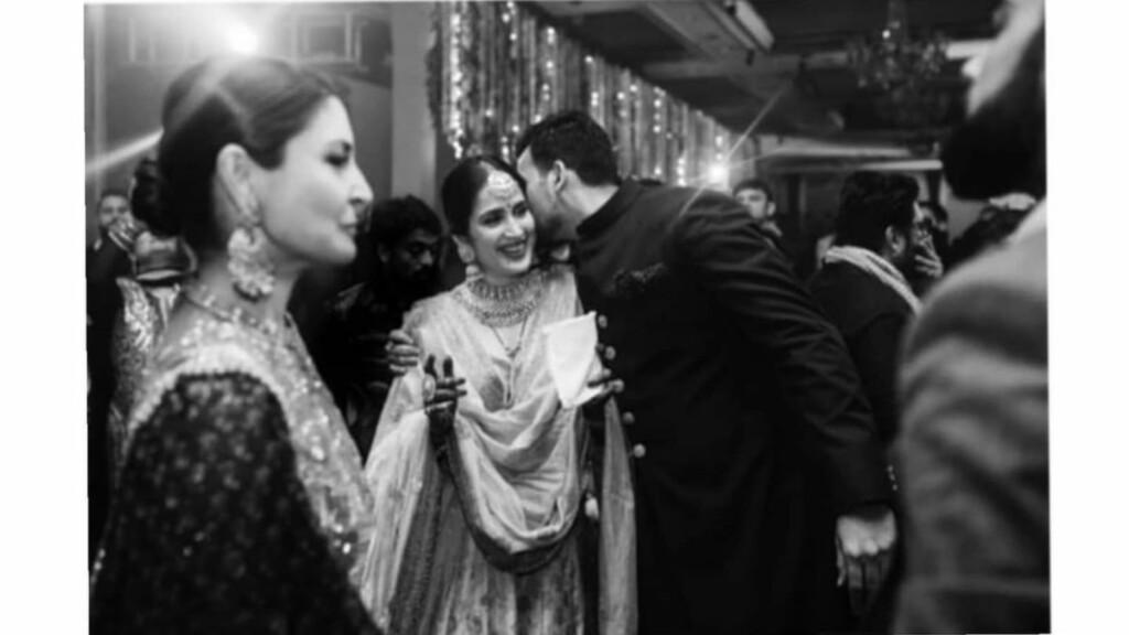 Sagarika Ghatge and Zaheer Khan (Center)