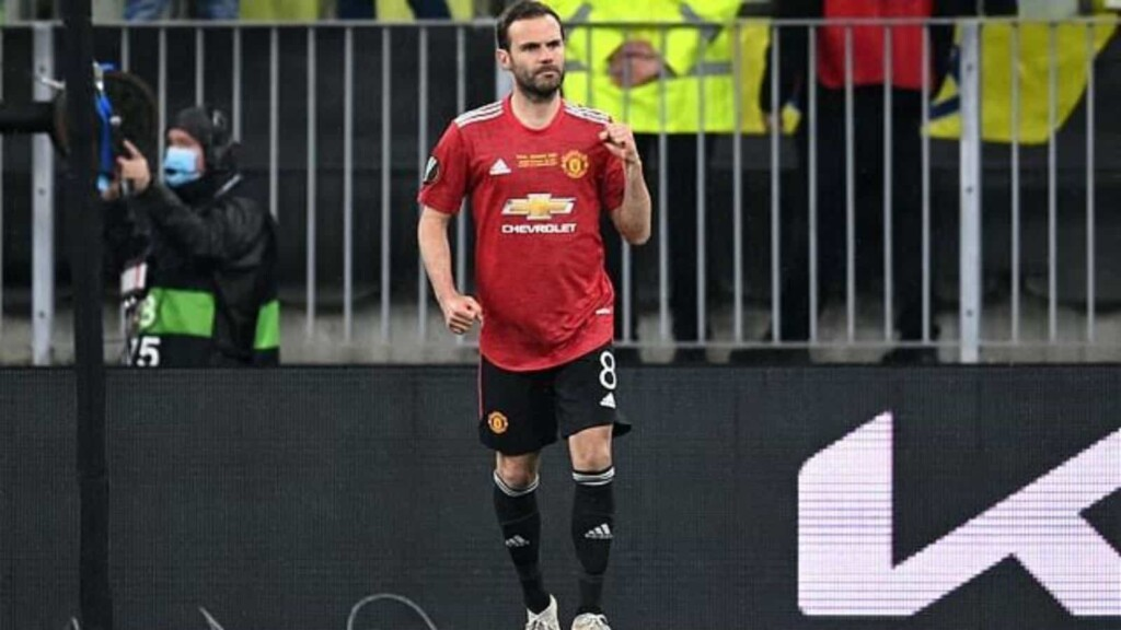 Mata in action for Man United
