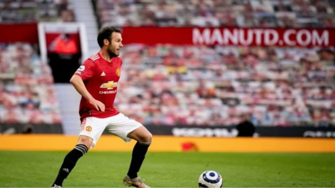 Juan Mata to continue for Man Utd one more year