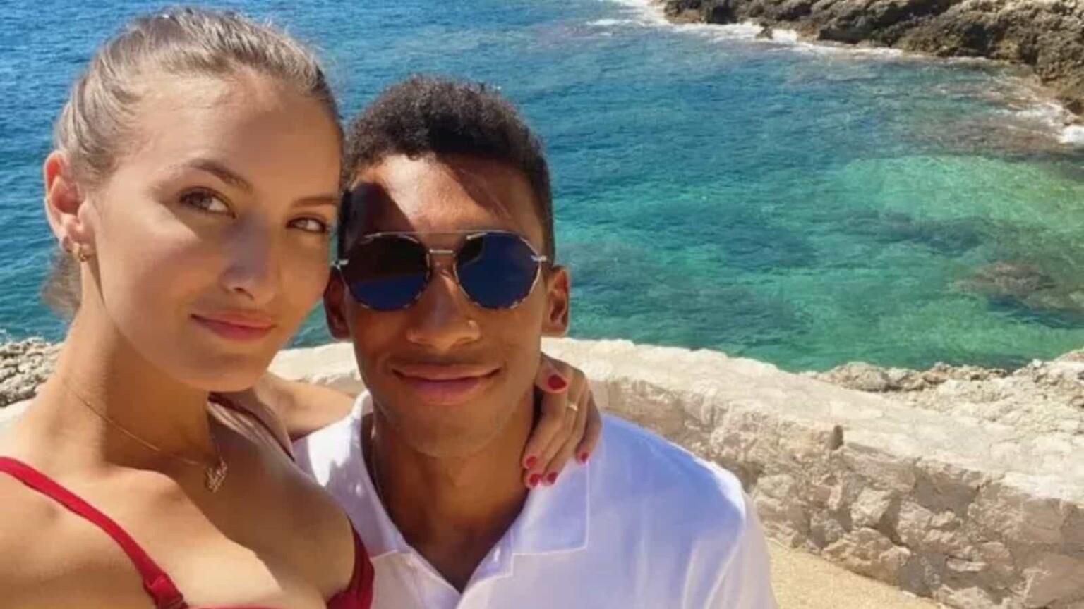Felix Auger Aliassime med vakker, Kjæreste Nina Ghaibi