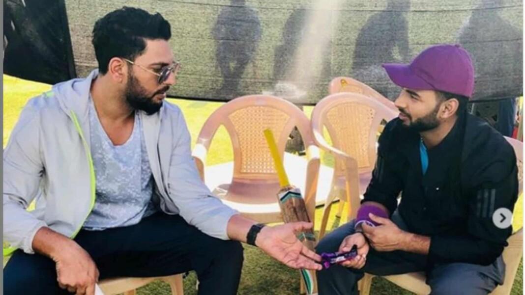 Rishabh pant with Yuvraj Singh