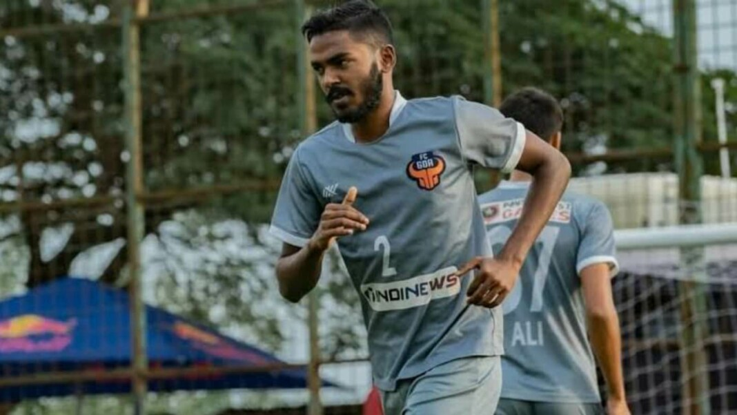 Sanson Pereira signs a three year contract with club FC Goa