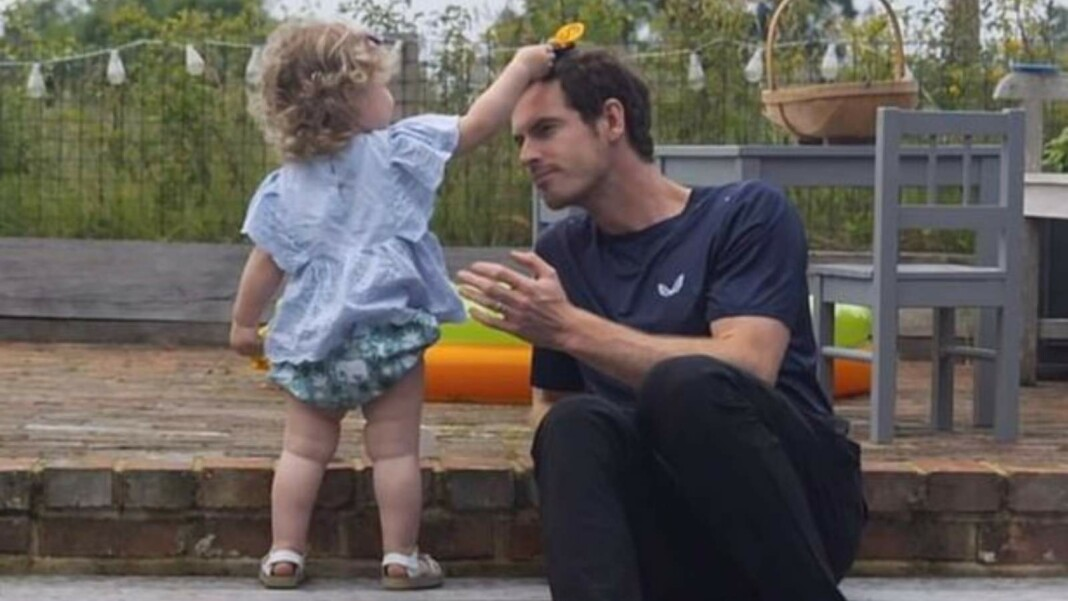 Andy Murray with his daughter