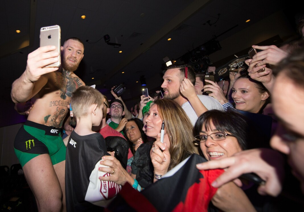 Conor McGregor fans