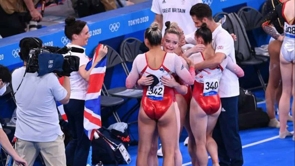 Great Britain win a historic bronze at women's all around team final