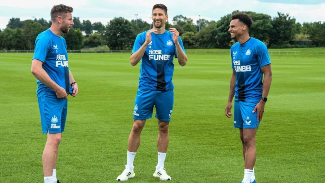 Five players sign new deals with Newcastle United