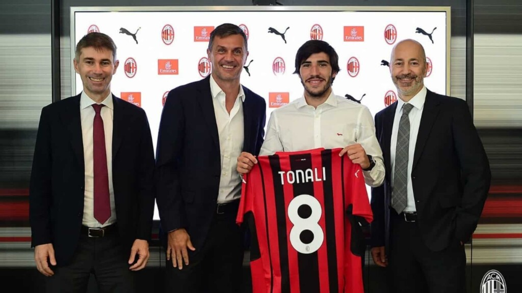 OFFICIAL: Youngster Sandro Tonali completes a permanent move to AC Milan on a five year deal