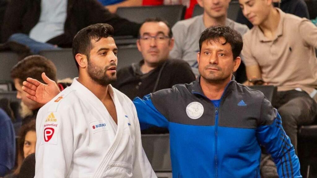 Muki and his Coach