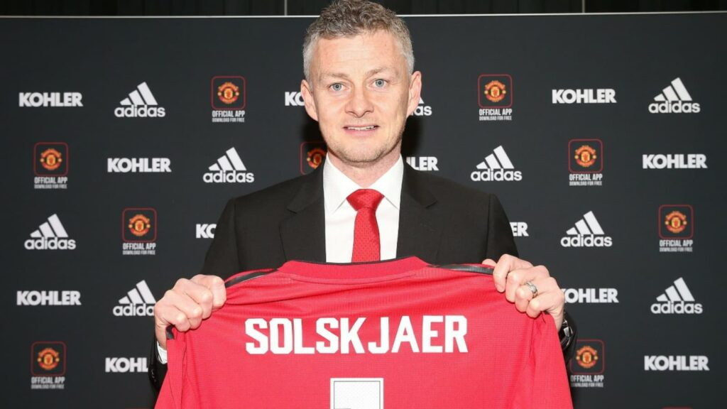 Ole Gunnar Solskjaer signs new contract - FirstSportz