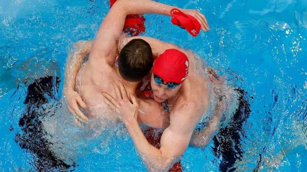 Swimming at Tokyo Olympics, Tom Dean and Duncan Scott celebrate