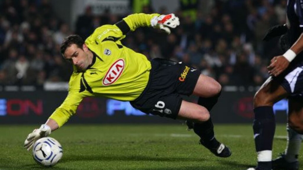 Top 5 French goalkeepers in the Ligue 1