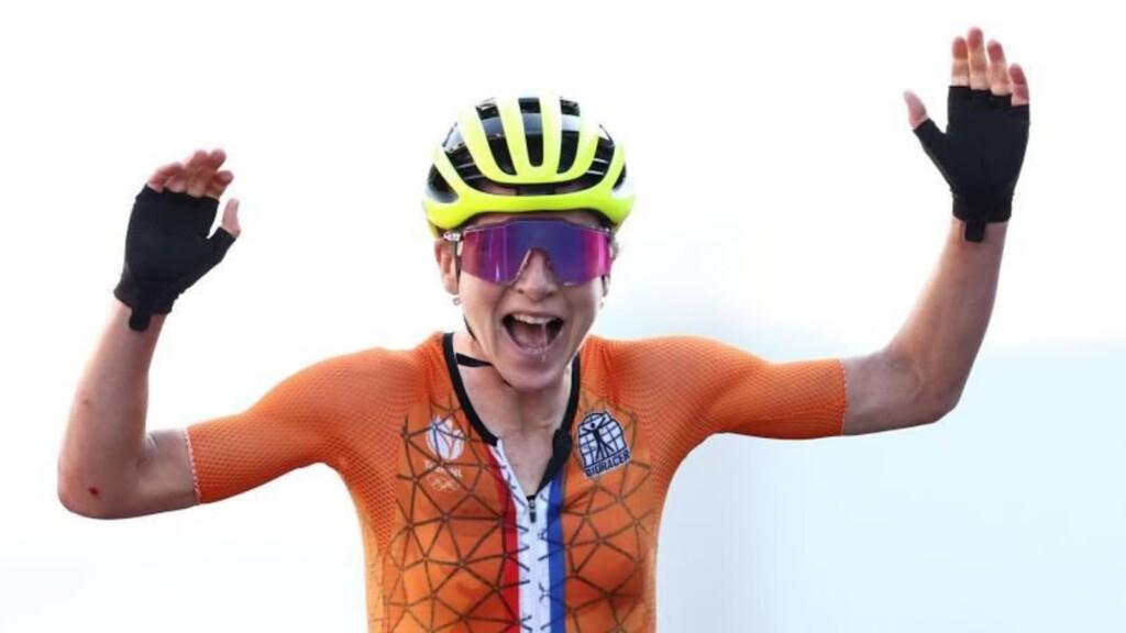 Strangest Moments at Tokyo Olympics: Annemiek Van Vleuten