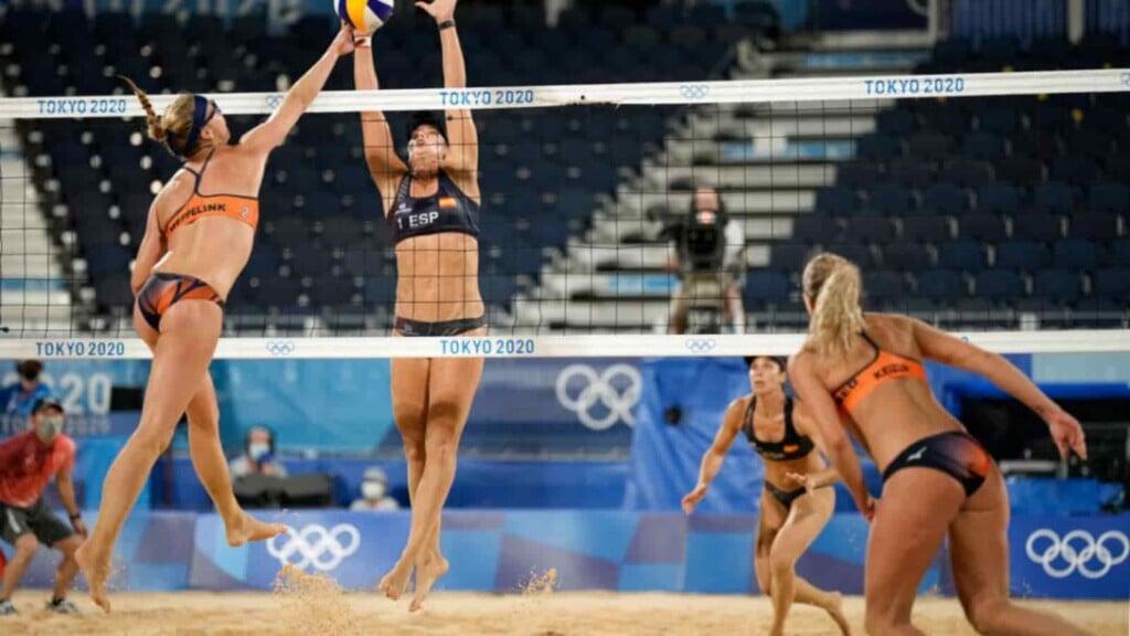 Beach volleyball uniform