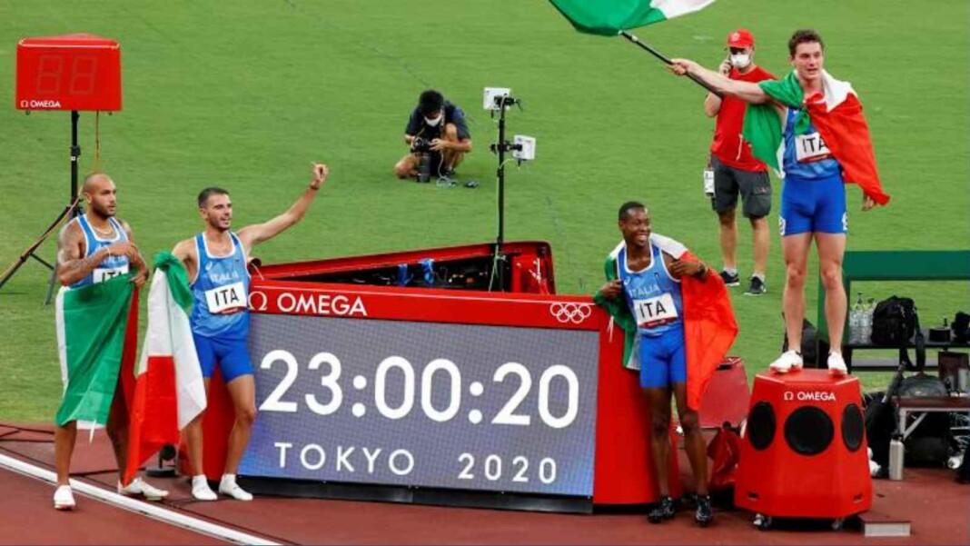 Italy celebrate men's 4x100m relay gold medal