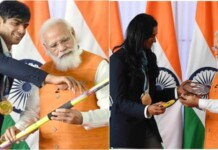 Neeraj Chopra and PV Sindhu with Narendra Modi
