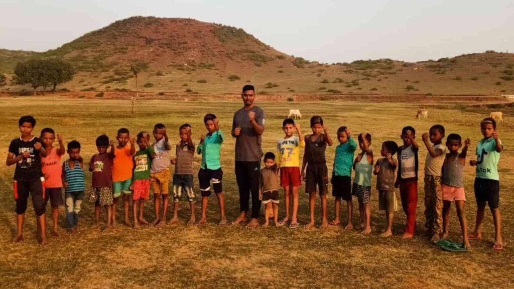 Zabir village children - FirstSportz