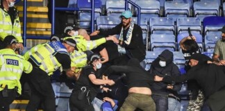 Scuffle between the Napoli and Leicester fans in UEFA Europa league fixture