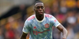 Aaron Wan Bissaka receives a straight red against Young Boys