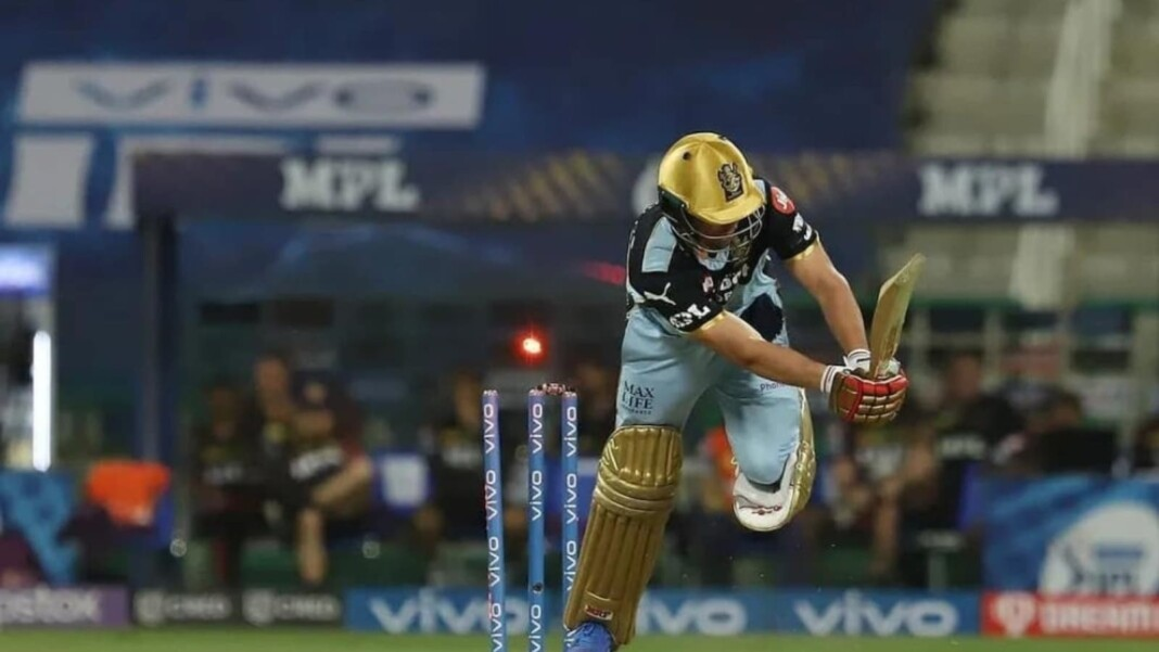 AB de Villiers was out for a golden duck off Andre Russell