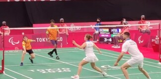 Pramod Bhagat and Palak Kohli in action